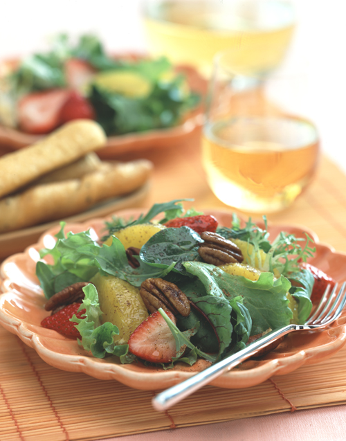 Field Greens Salad with Oranges, Strawberries and Chai Vinaigrette